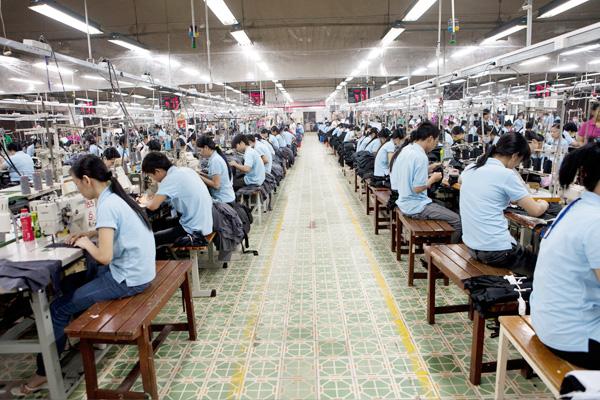Nhận đặt may áo sơ mi và quần tây nam theo yêu cầu chất lượng tốt tại HCM