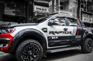 decal-cao-cap-cho-ban-tai-ford-ranger-phong-cach-sporty-cuc-ngau-1