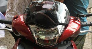 Photo xe SH VN 2017 2018 gắn kính chắn gió Zhi.Pat giá rẻ cực đẹp tại Shop SH Sài Gòn