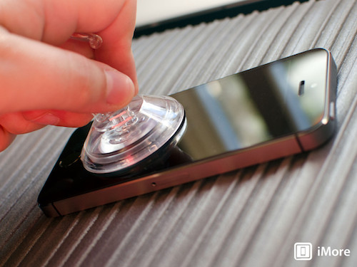 iphone-5s-suction-cup-hero-2-3371-139062