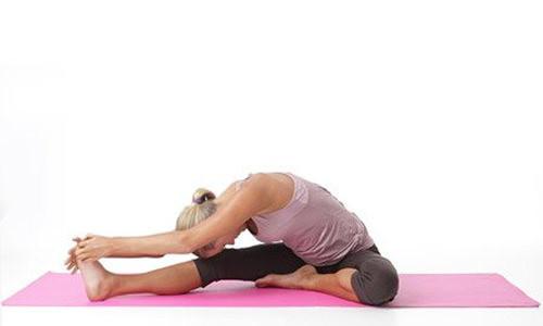 tu-the-canh-cung-trong-yoga-chua-cao-huyet-ap-4