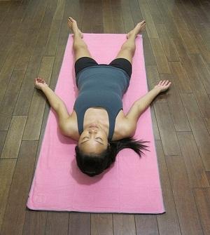 tu-the-xac-chet-trong-yoga-chua-dau-da-day-6