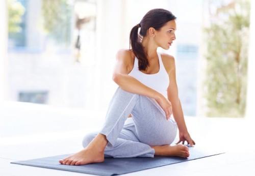 yoga-benh-gan-2