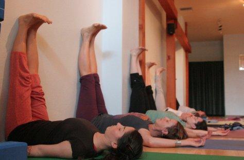 yoga-nhuc-dau-5